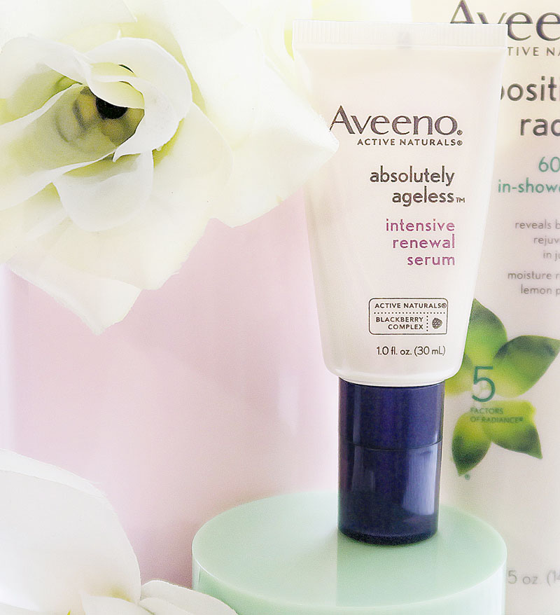 Aveeno Absolutely Ageless™ Intensive Renewal Serum - Style Blogger Erica Valentin